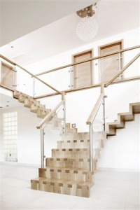 Exposed Dovetail Staircase from Meer End Joinery (www.meer-end.co.uk)