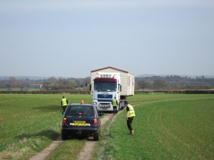 Willerby Villa static caravan delivery reversing down the access track