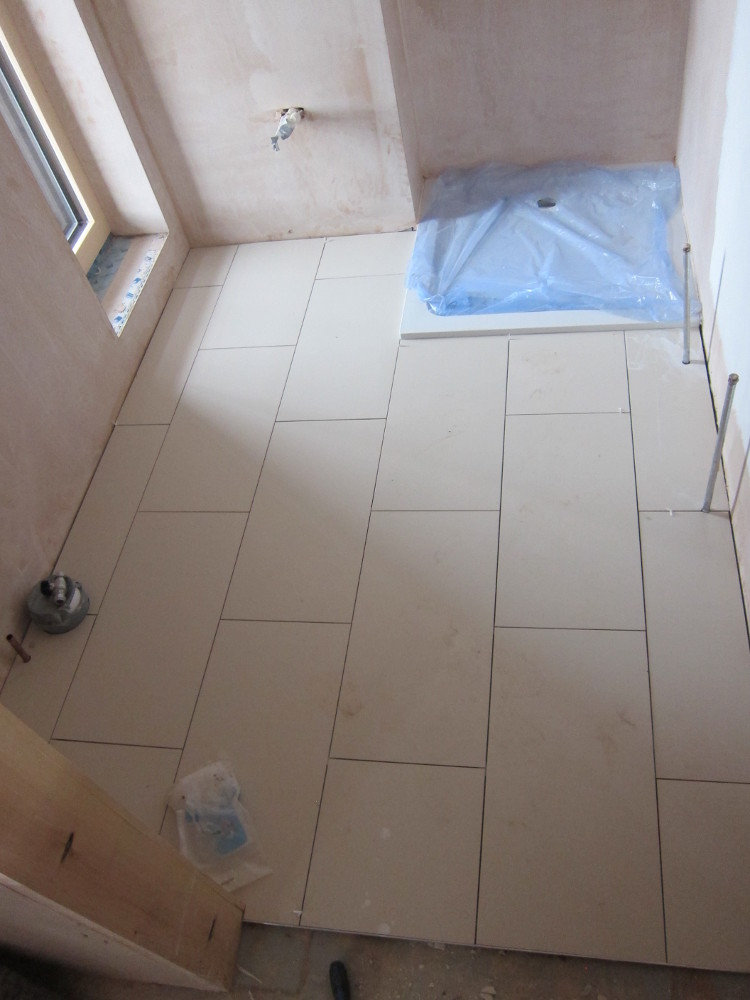 Week 40 day 4 marsh flatts farm self build diary for Bathroom floors without grout