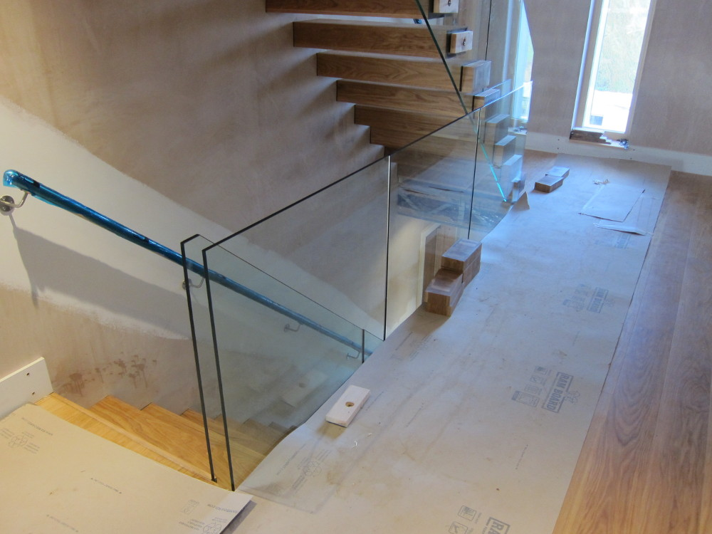 Completed glass balustrade on first floor landing